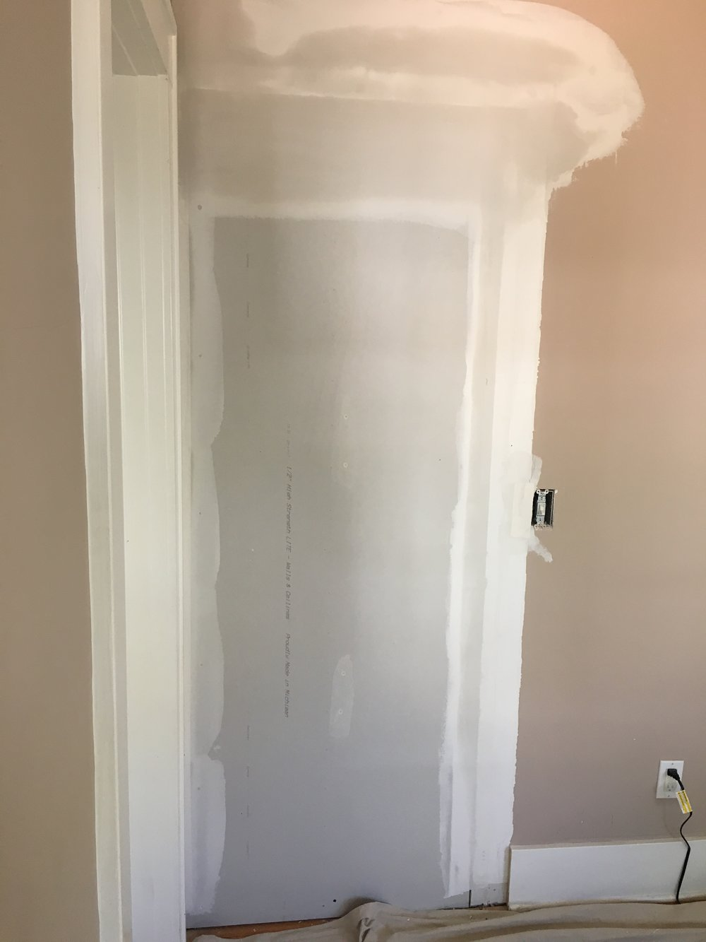 wall enclosure - drywall.JPG