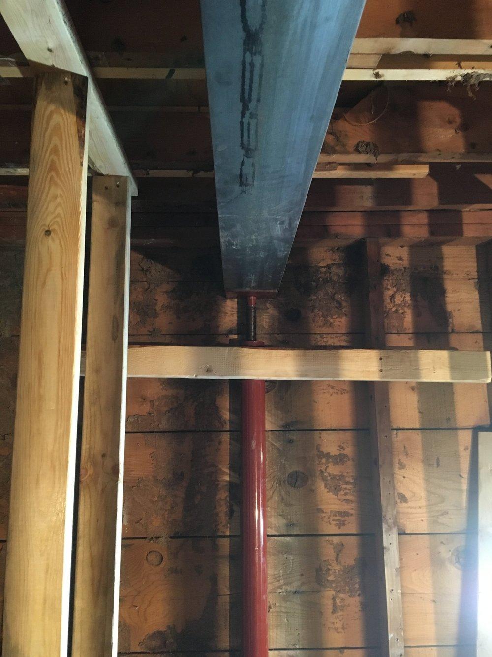 Raising the steel beam