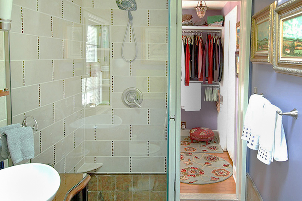 7 Remodeling Tips That Make A Small Guest Bathroom Feel Larger