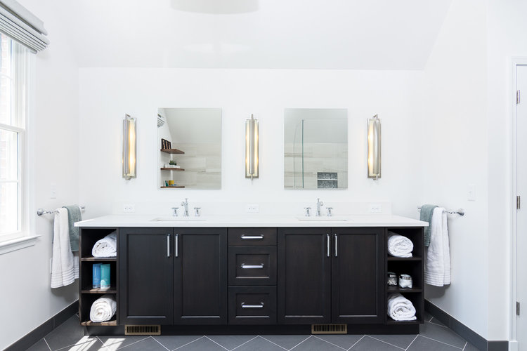 How To Select Bathroom Vanity Lighting When Renovating | Forward ...