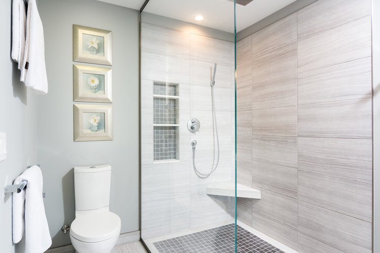 Advice On Master Bath Remodeling With A Doorless Shower Design - Bathroom remodeling jackson mi