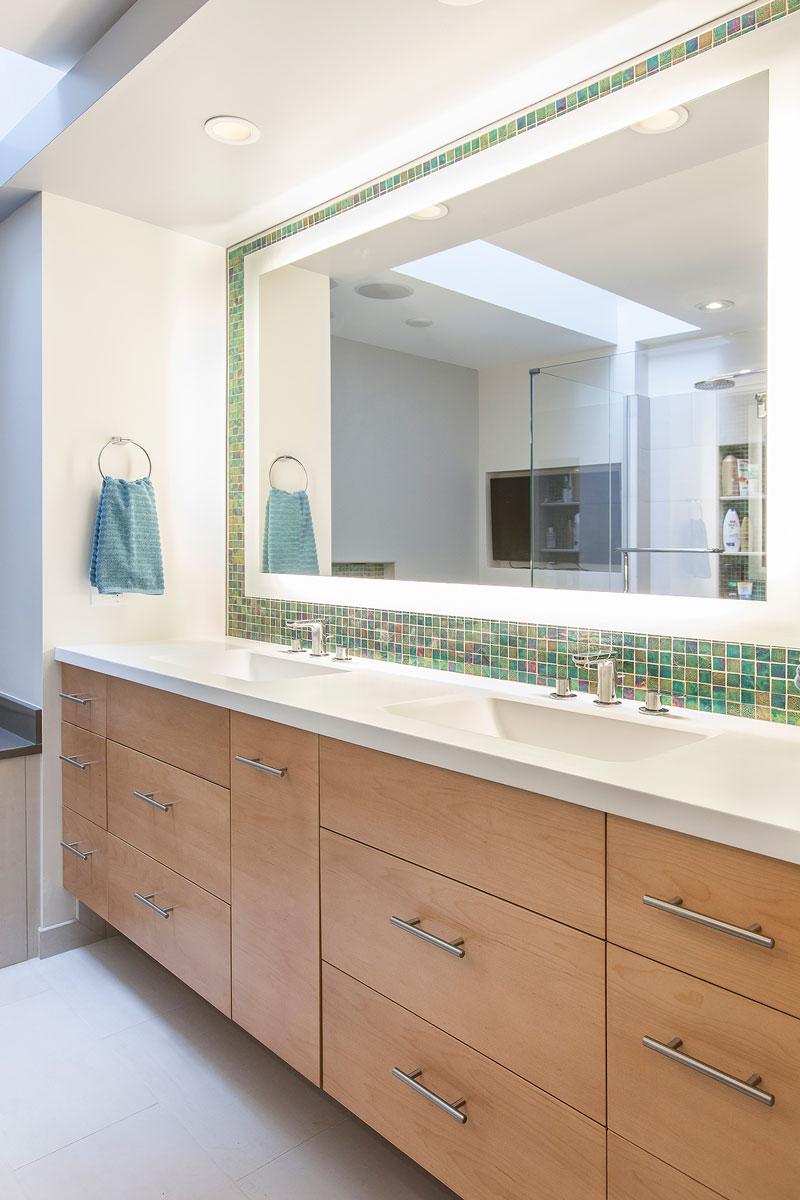 Choosing A Bathroom Vanity And Sink
