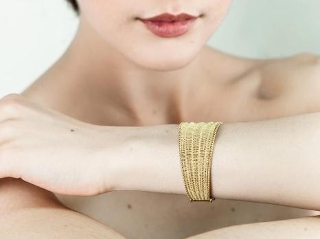 Gold Tessuto Tre Bracelet