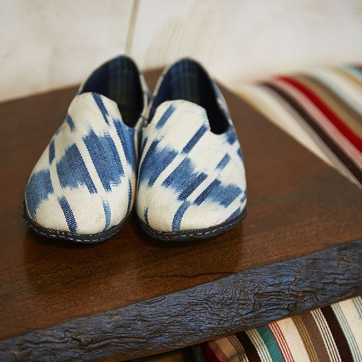 DARA ARTISANS    @daraartisans   DARA x Tucker Robbins  God's Eye Ikat Shoes