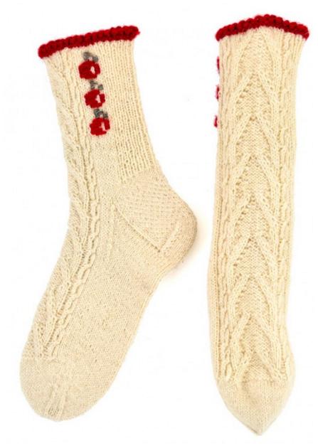 estonian roositud socks.png