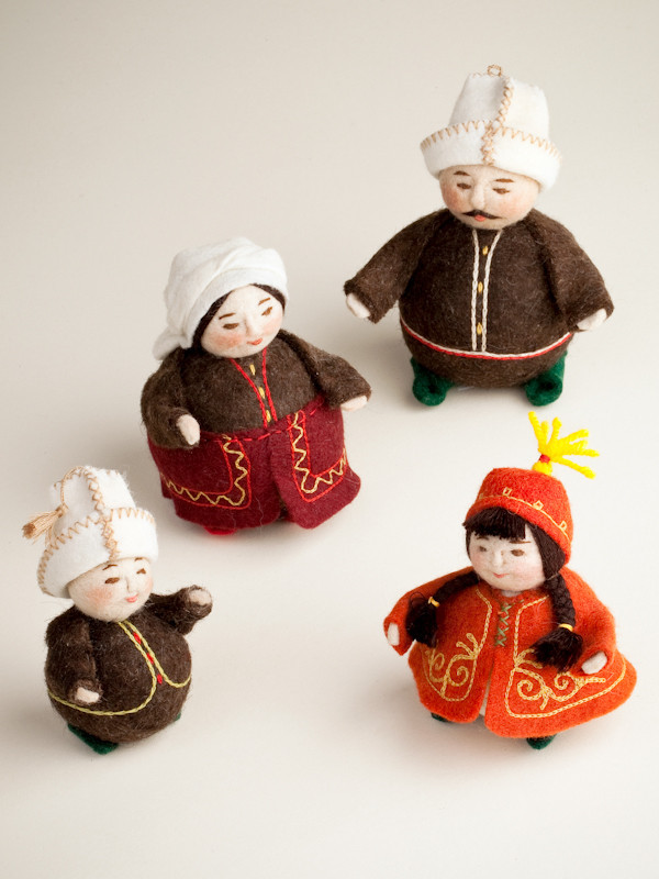 Felt Kyrgyz Family