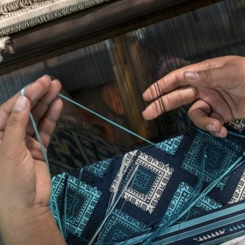 ock pop tok - Handwoven and dyed clothing, accessories and home textiles created by Lao weavers across eleven provinces, with the mission of preserving weaving practices while empowering artisans.Based and produced in LaosShips to International