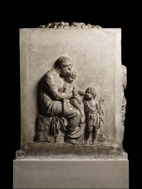 (fig.1) Baptismal Font, Mary with Jesus and John, 1805 – 07, Plaster, 77.8 x 72.5 cm. Thorvaldsen Museum, Copenhagen, inv. A555.2