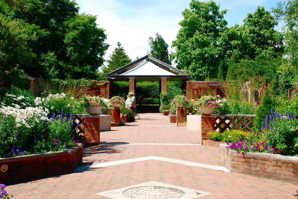 The Buehler Enabling Garden at the Chicago Botanic Garden, Glencoe, Illinois. Kenilworth Garden Club helped establish this important installation at the Chicago Botanic Garden.