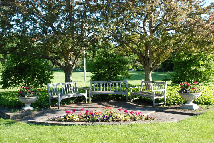 Magnolia Garden — Kenilworth Garden Club