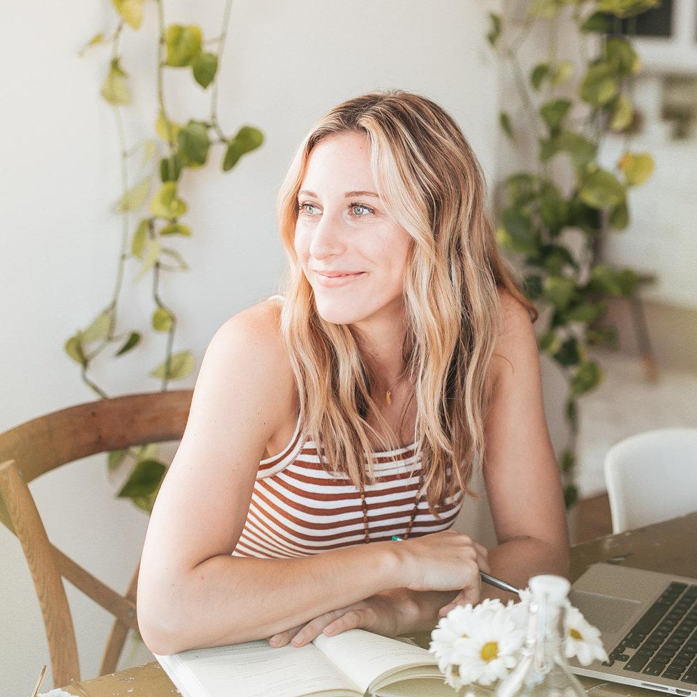 Amanda Holstein   Founder, Advice From a 20 Something and Advice From a 30 Something