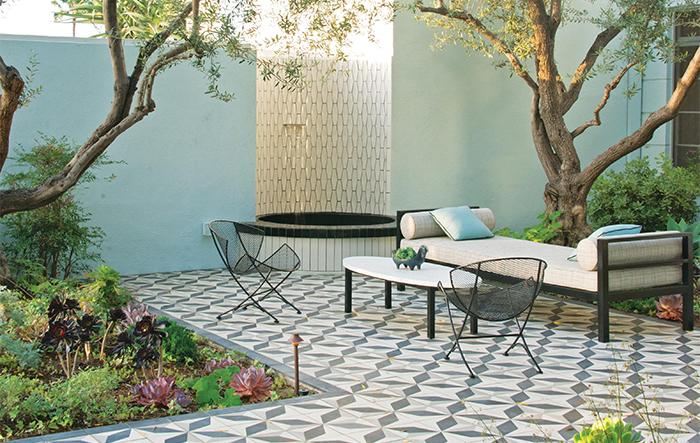 Beautiful garden in   Silverlake -Los Angeles, by landscape architect  Judy Kameon