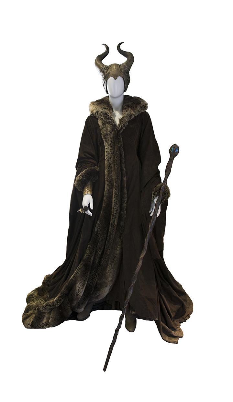 WDA_Maleficent_FurRobe.jpg