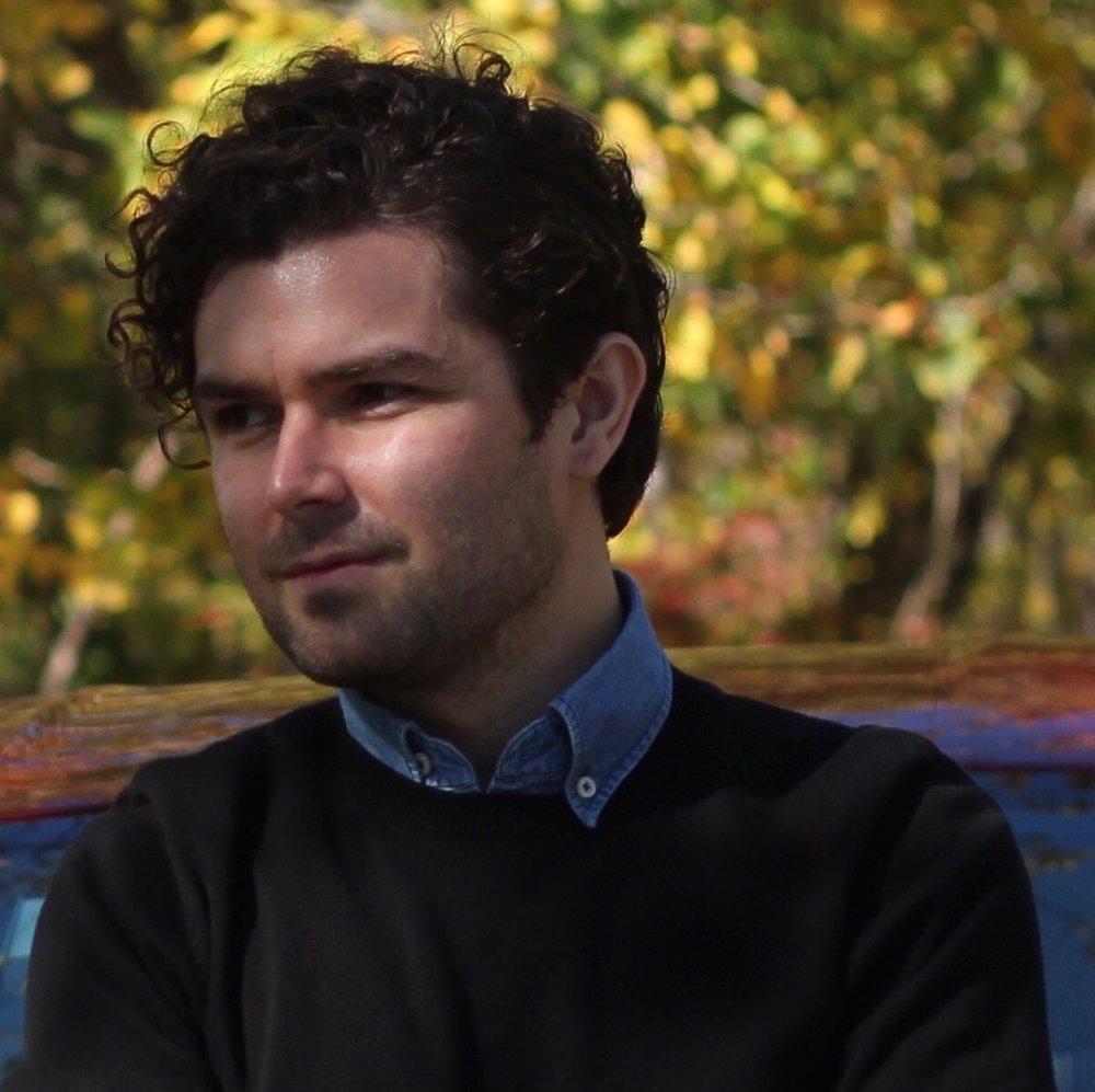 Robert Garrova, Reporter