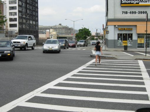 pedestrian_xwalk