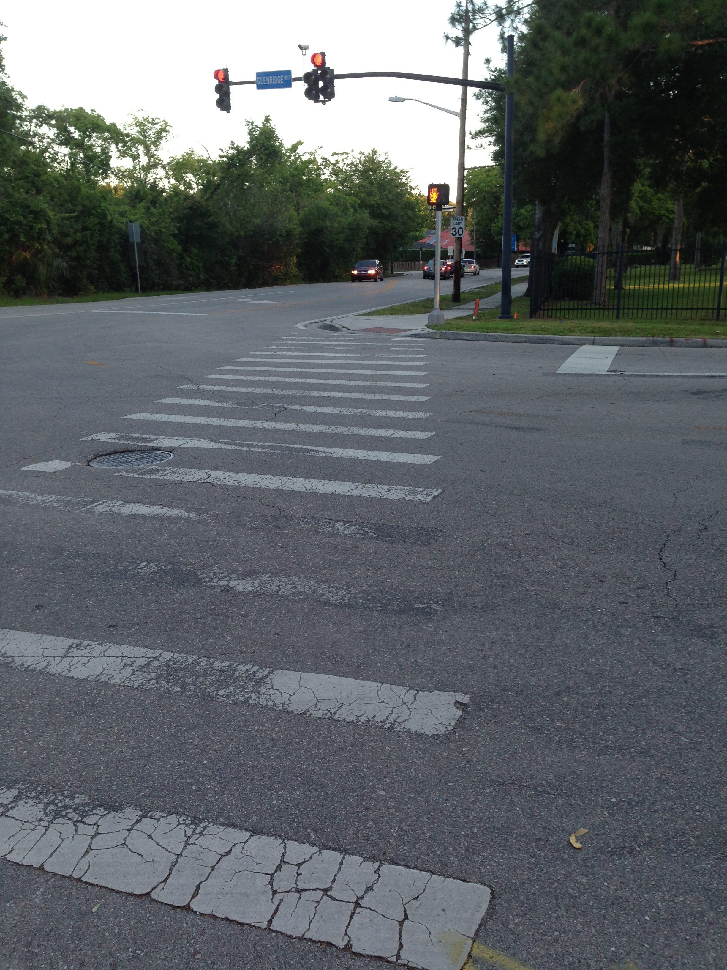 A dangerous intersection in Winter Park, FL when pedestrians do not use the signal properly.