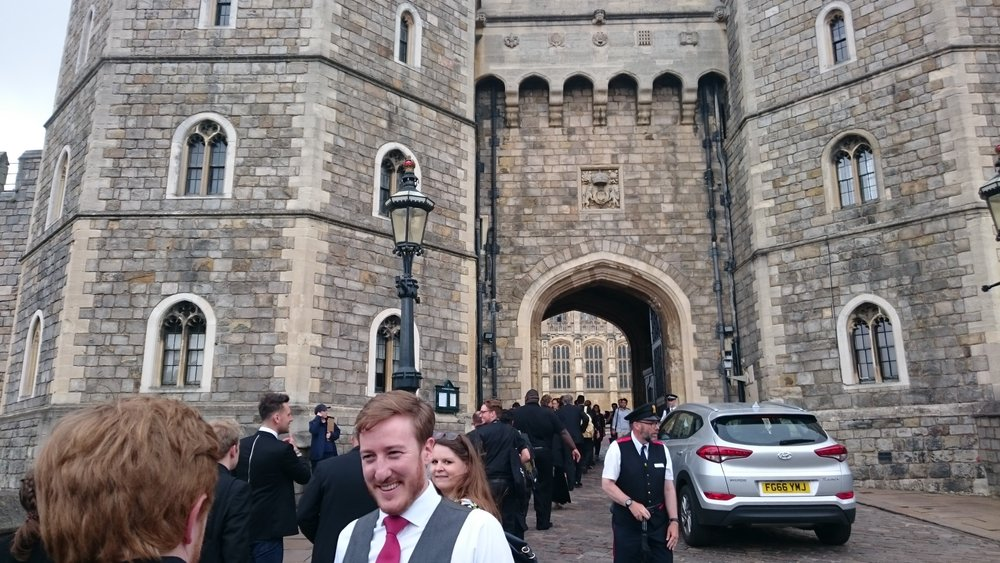 Arrival at Windsor Castle / Ben is talking with Christopher Bruerton (Windsor Castle)