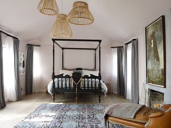 The Master bedroom.  I love the colors of the rug with the leather chaise