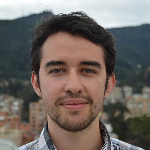 Santiago Aguilar  Front-End Engineer,Voice123   bio.torre.co/santiagoaguilar