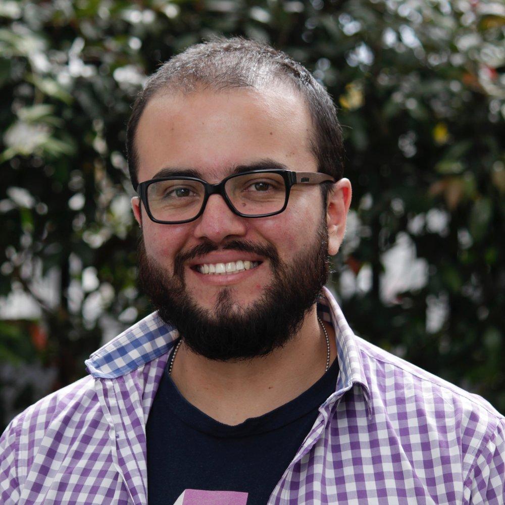 Julian Figueroa   Back-End Developer, Bunny Inc.   bio.torre.co/unmultimedio