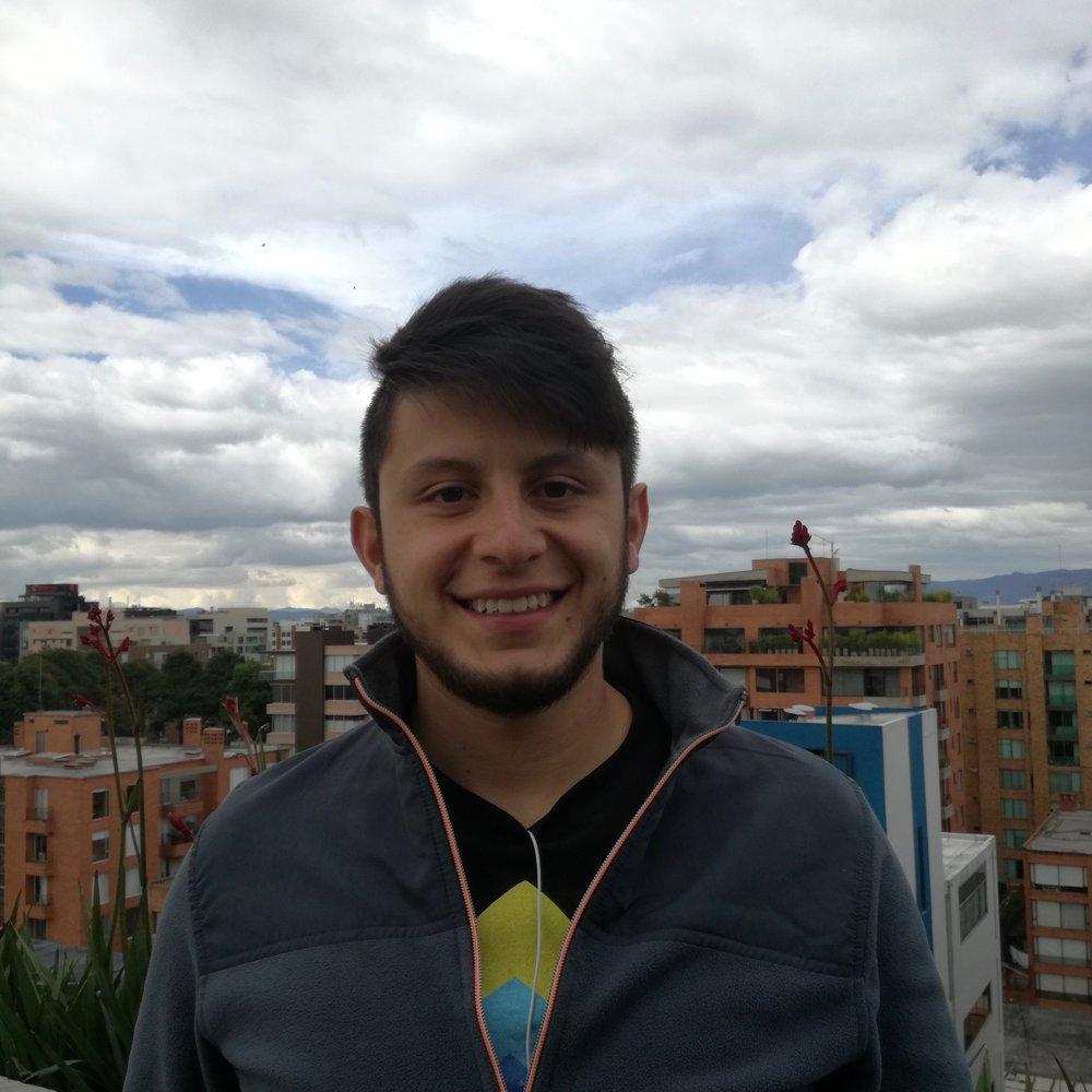 Andres Suarez Front-End Developer, Voice123 bio.torre.co/andsliquean