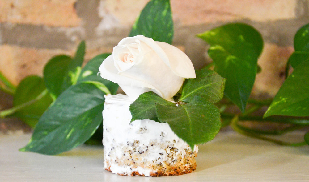 Poppyseed Cakes