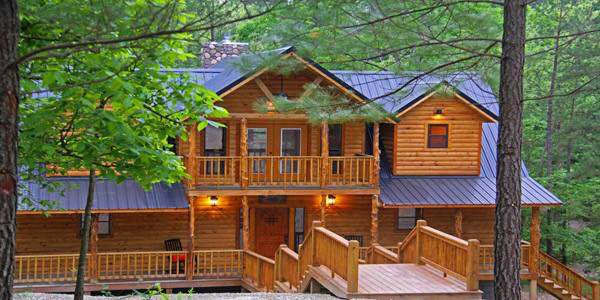 This was our cabin for the weekend. Isn't it awesome?!