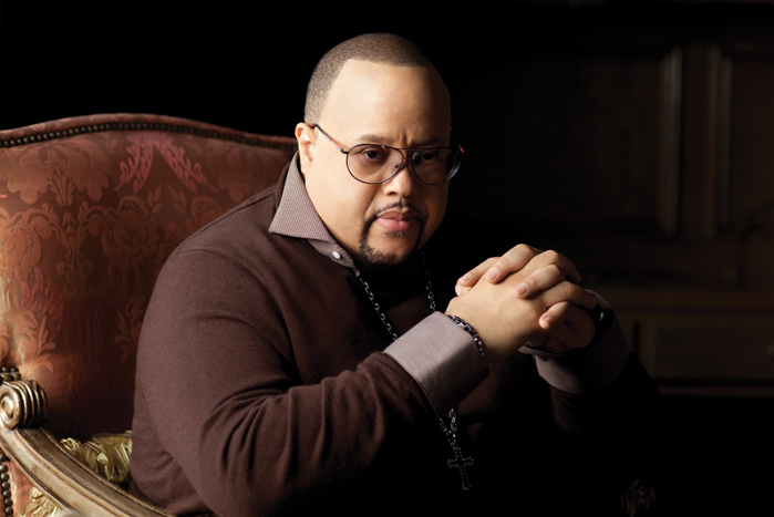 Fred-Hammond-promo-picture-2013.jpg