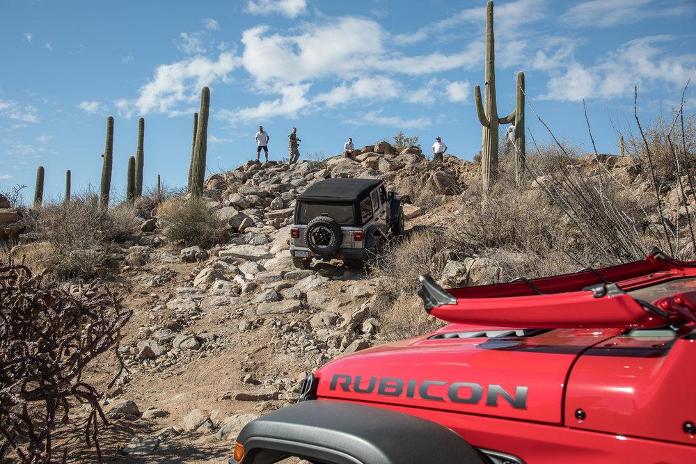 39-jeep-wrangler-2018-dynamic-exterior-off-road-rear-angle.jpg