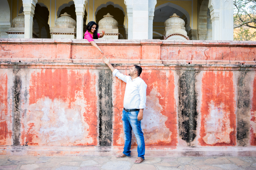 Jaipur-engagement-photography-hidden-location-afewgoodclicks.net