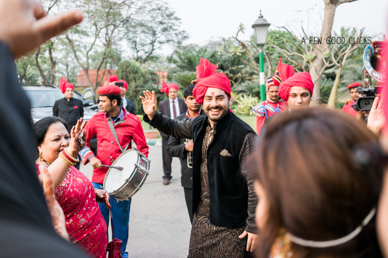 Band, bajaa, baraat photography | A Few Good Clicks |  Destination Wedding Photography