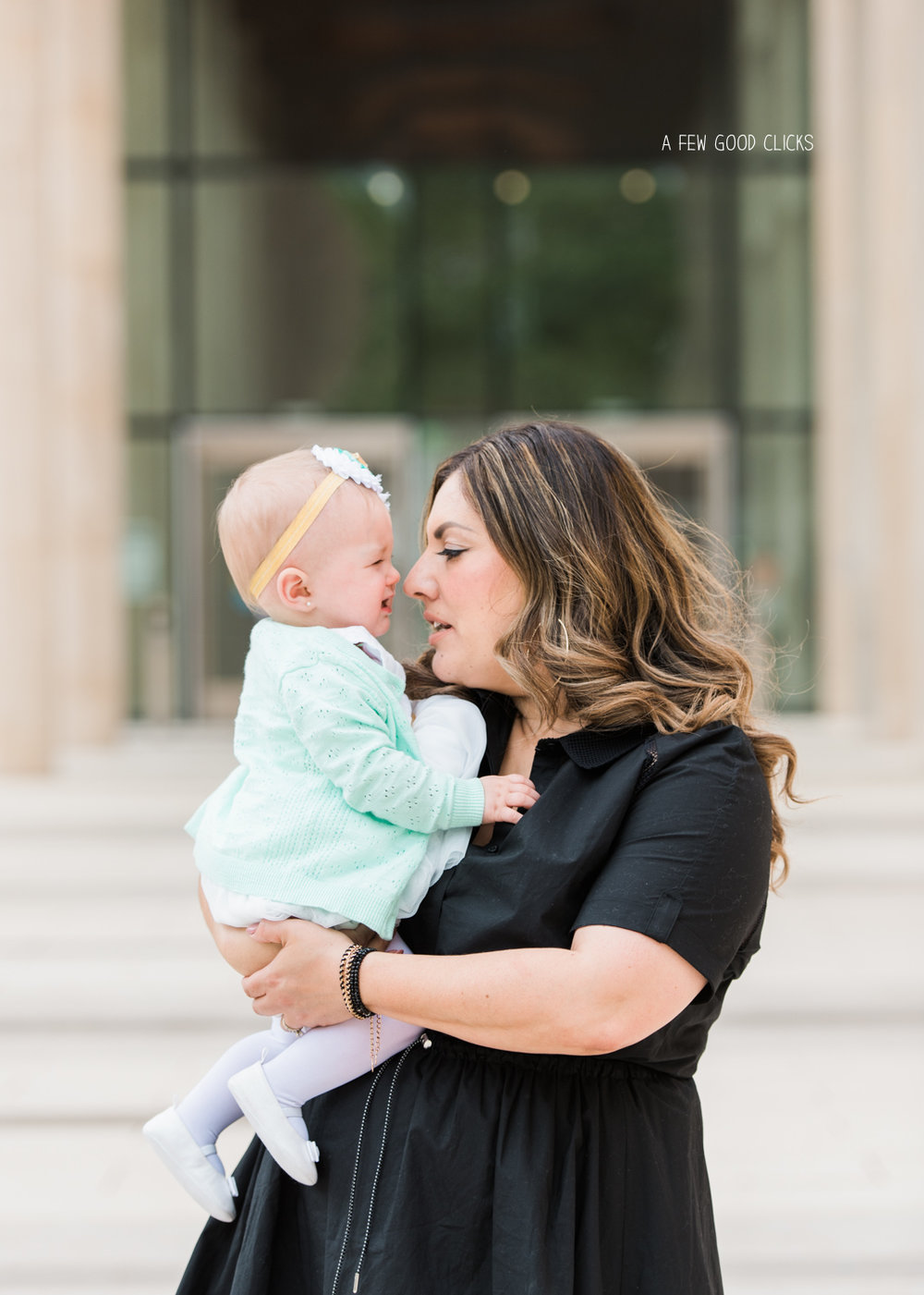 courthouse-adoption-ceremony-photographer-afewgoodclicks