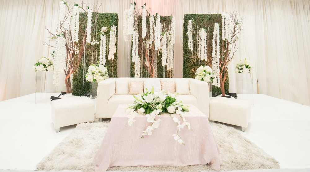 Wedding Stage decor | Marriott Hotel, Fremont