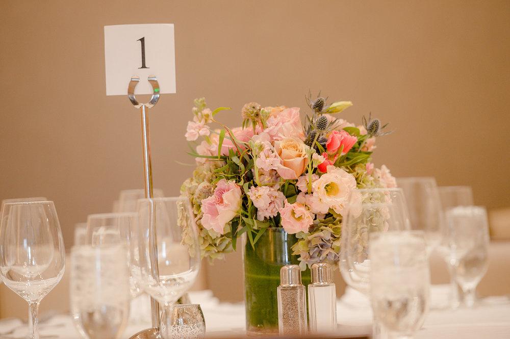 Flower arrangements | Wedding Photos