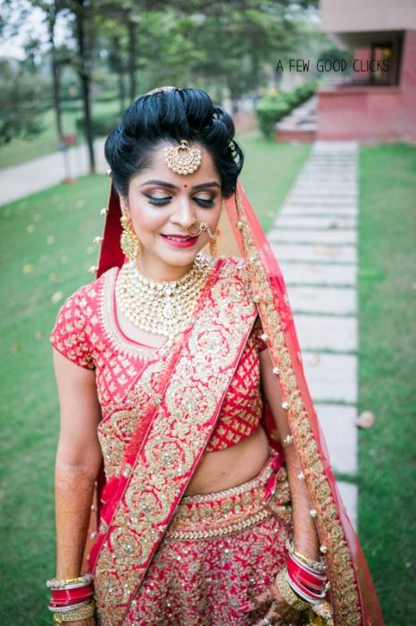 beautiful-indian-bride-portrait-by-award-winning-a-few-good-clicks.net
