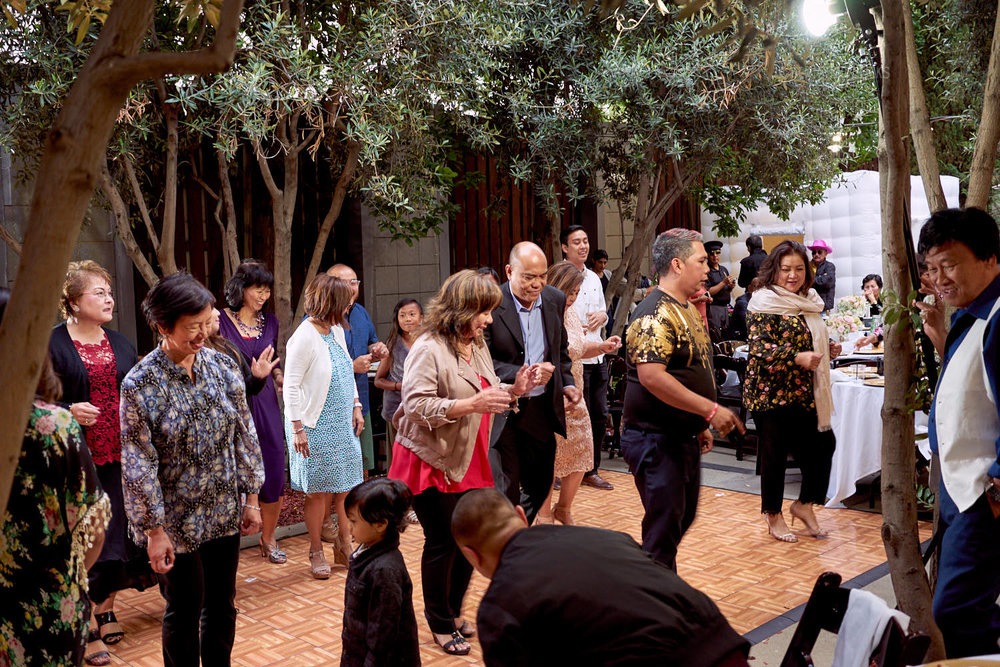60th-birthday-party-dancing-under-the-trees-photography-mosaic-restaurant-san-jose