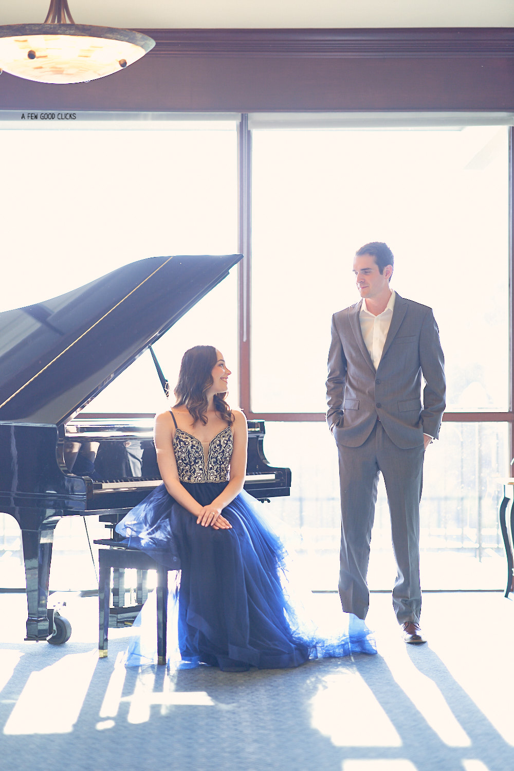 bay-area-engagement-photography-ideas-with-piano-by-afewgoodclicks