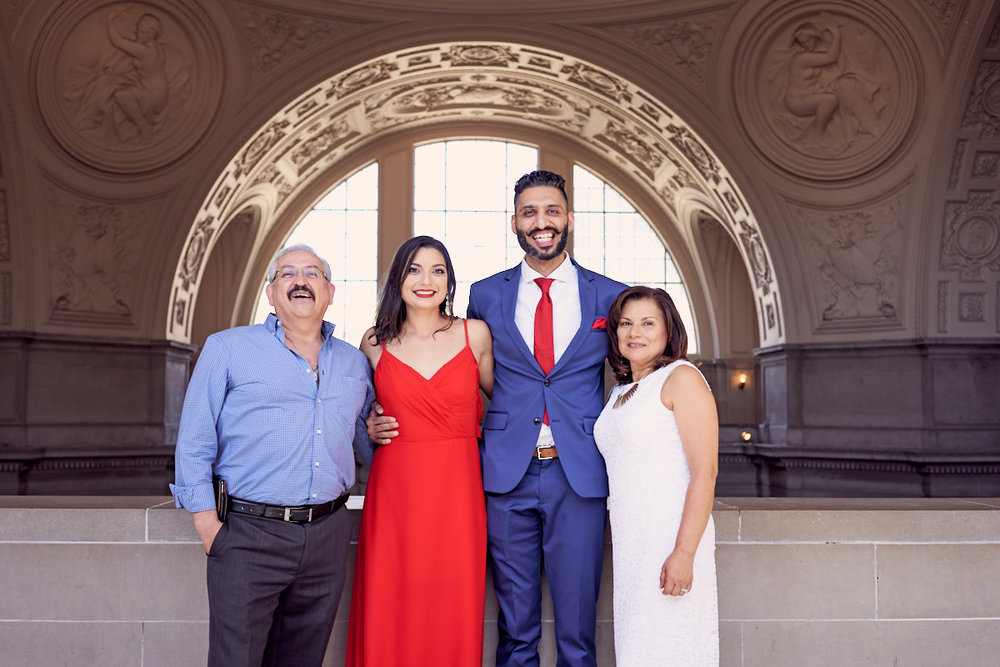 family-pictures-after-the-wedding-ceremony-at-sf-city-hall