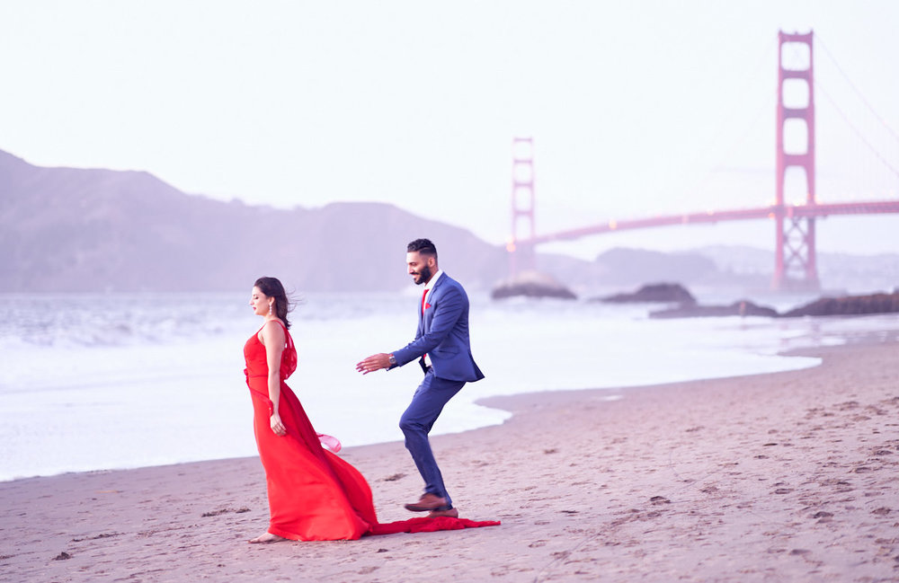 surprise-proposal-photographer-at-san-francisco-baker-beach