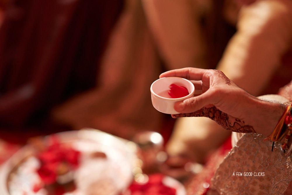 fera-ceremony-during-indian-weddings-jaipur-rajasthali-resort