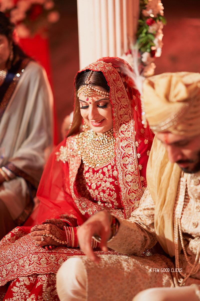 bride-at-destination-indian-wedding-photographer-jaipur