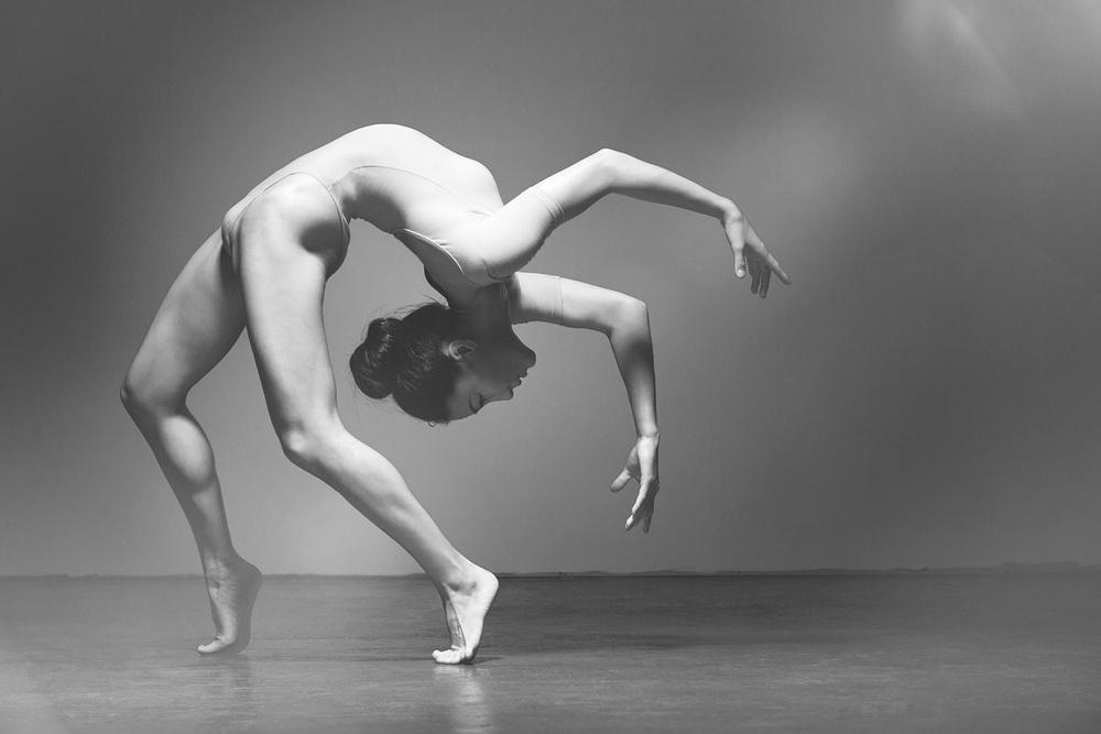 half-naked-ballerina-pics