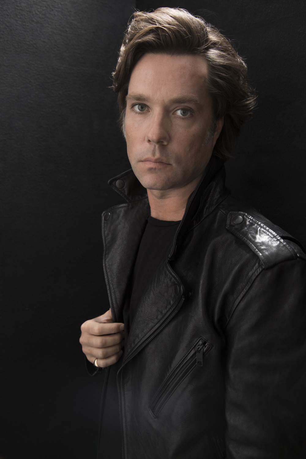 Rufus Wainwright,  Friday: 4/21/17 at 8 pm