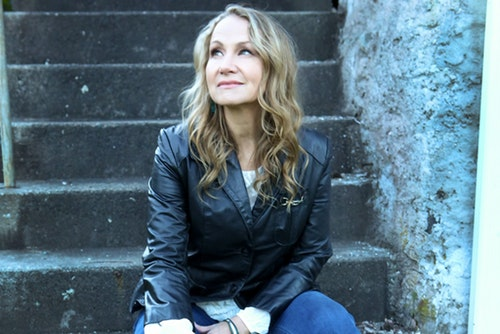 Joan Osborne's DYLANOLOGY w/Sp Guests Jackie Greene & Amy Helm 2.9