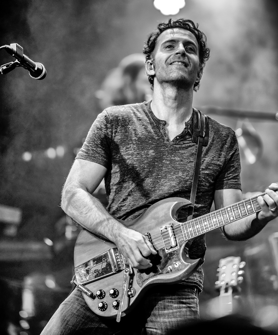 Dweezil Zappa at Tarrytown Music Hall | 4.20 | 8 PM