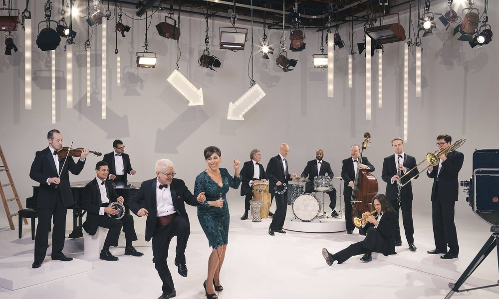 Pink Martini   (with bandleader Thomas Lauderdale & vocalist China Forbes)