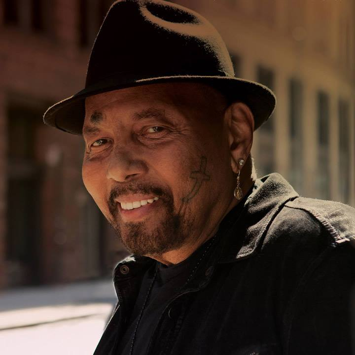 Aaron Neville Landmark on main Street MWB Music Without Borders