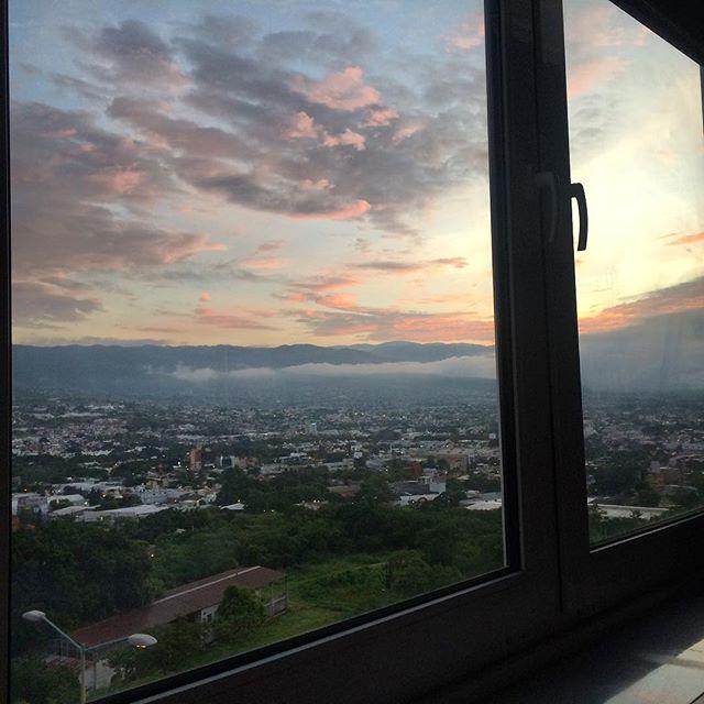 Qué bonita vista de Tuxtla Gutiérrez, Chiapas desde la habitación.  #travel #ConquistaMéxico #happy