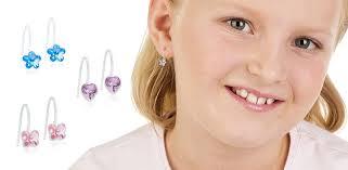 Et lite utvalg i nikkelfrie smykker har vi også.