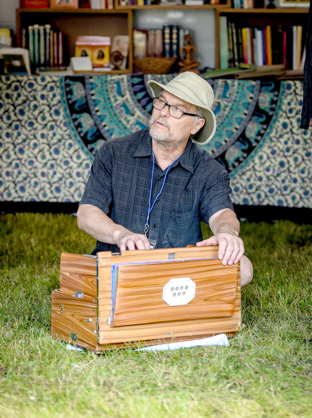 Whispers Of Om Kirtan : Karen Epperson & Steve Sandner - Description: Come listen to some beautiful, peaceful Kirtan provided by our very own Song of the Morning residents and musicians!